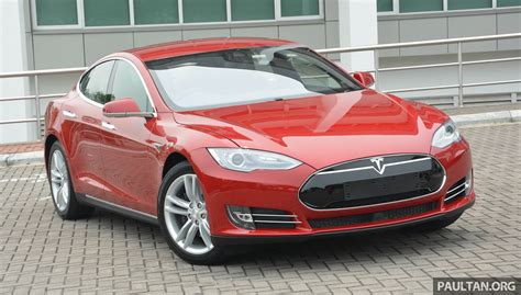Tesla Model S Issues Tesla Issues Global Recall For Model S Seatbelt Problem