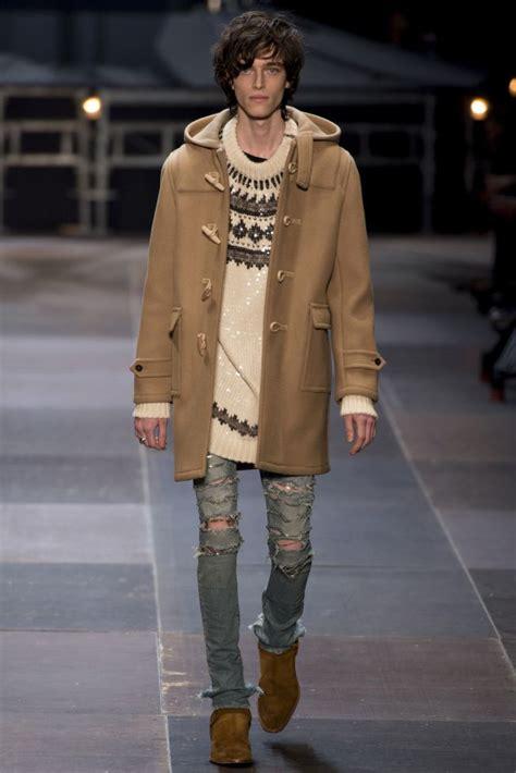 Rok Sleting Model Miring Stripped Fashionable H M fashion week laurent fall winter rock dandy menswear 2018