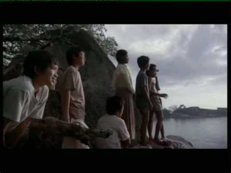film laskar pelangi part 1 laskar pelangi the rainbow troops trailer youtube