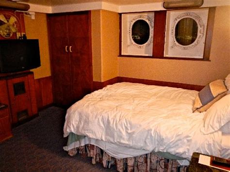 2 bedroom suites in long beach ca bedroom of the suite picture of the queen mary long