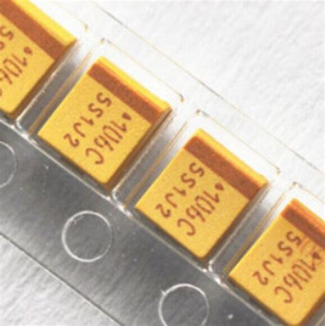yellow smd capacitor 25 v22uf smd tantalum capacitor c 1812 226 22 uf 25 v c6032 avx yellow in integrated circuits