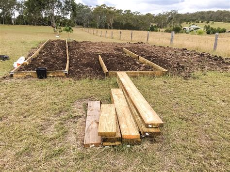 Setting Up Garden Beds Self Sufficient Culture How To Set Up A Garden Bed