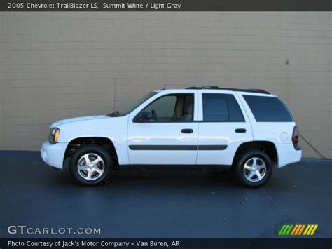 chevrolet trailblazer white summit white 2005 chevrolet trailblazer ls light gray