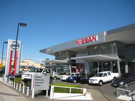 nissan auto service center nissan service center mussafah location