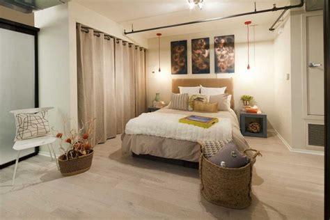 kleiderschrank vorhang ideen f 252 r offenen kleiderschrank im schlafzimmer