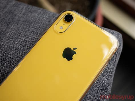 apple s pricey iphone xr clear is 55 of greatness