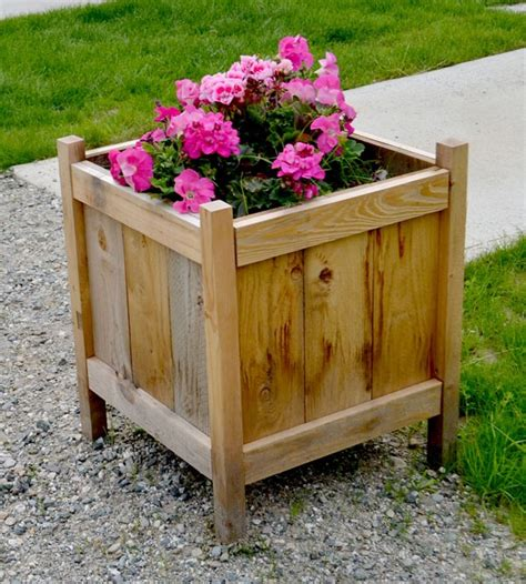 Simple Planter Box by 12 Outstanding Diy Planter Box Plans Designs And Ideas