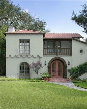stucco style color misted green trim color