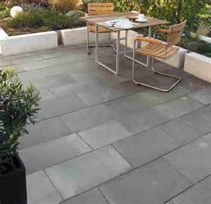 steinfliesen terrasse reinigen granit schwarz fur vorgarten spinjo info