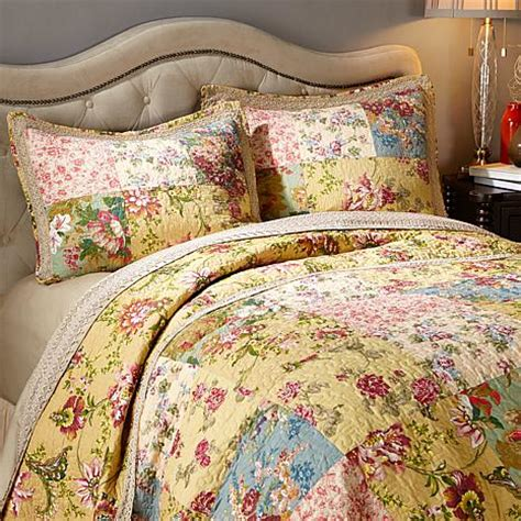 Vintage Patchwork Bedding - clever carriage home vintage patchwork 3 quilt set