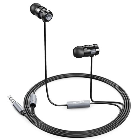 aukey ep c2 pro in ear headphones with comfort fit for iphone android built in mic 11street