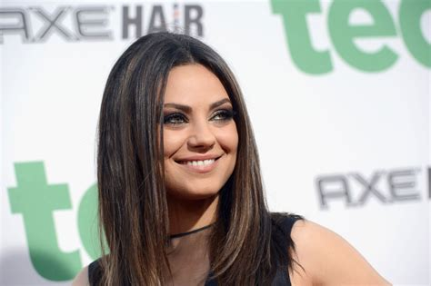amici di letto attrice mila kunis at universal pictures ted premiere in