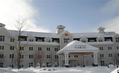 comfort inn st johnsbury vermont comfort inn suites near burke mountain st johnsbury