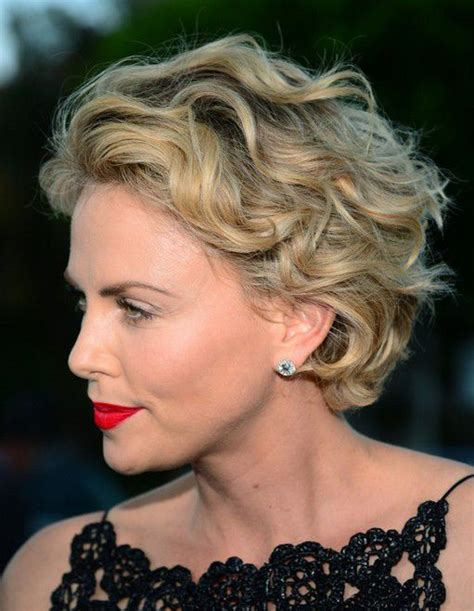 wiry short wavy hair what styles suit best 25 short wavy hairstyles ideas on pinterest short