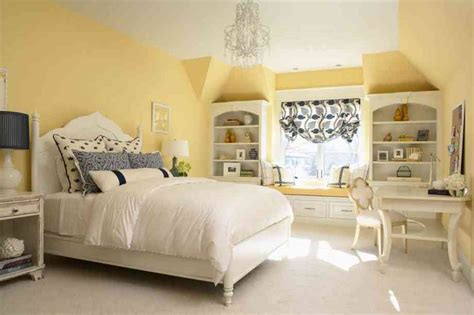Light Yellow Bedroom Ideas Decor Ideasdecor Ideas Yellow Bedrooms Images