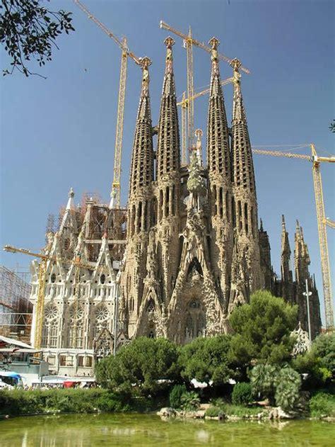 church sagrada familia barcelona spain photo gallery