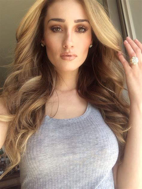 rodeo hairstyles drive 2 rodeo hairstyles i like pinterest model wearing rodeo drive blonde cashmere hair clip in