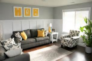Yellow And Gray Living Room by 29 Stylish Grey And Yellow Living Room D 233 Cor Ideas Digsdigs