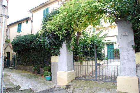 terrasse toskana immobilien toskana haus in dorflage mit garten terrasse