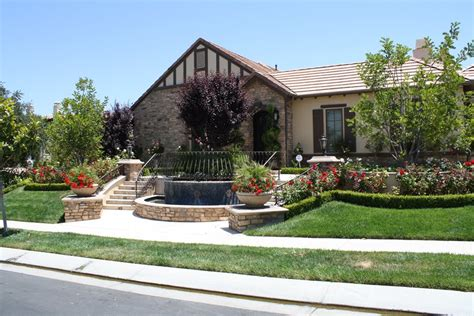 Landscape Design Front Yard Curb Appeal - front yard hill landscaping ideas landscaping network
