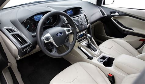 2012 ford focus review specs pictures price mpg