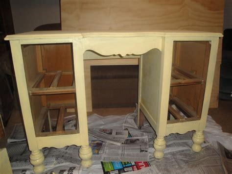 diy distressing furniture what you need 2 quot to 3 quot paint brush a flat color paint to go on the