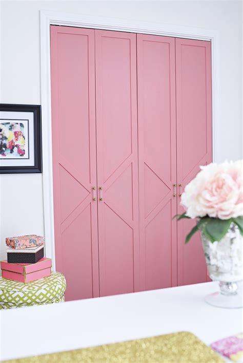 Diy Coral Glam Bi Fold Closet Door Makeover Tutorial Diy Bi Fold Closet Doors