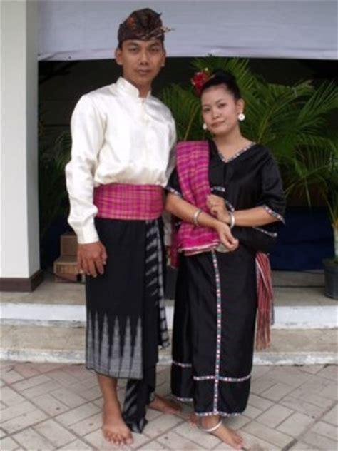 fitinline com 6 perlengkapan pakaian adat pria suku sasak