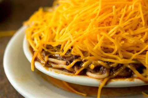 what to eat in cincinnati ohio two iconic cincinnati