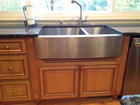 Kitchen Farm Sinks Discount Farmhouse Kitchen Cabinets Copyright Kitchen Cabinet Discounts Farm Sink Rta Kitchen Cabinet