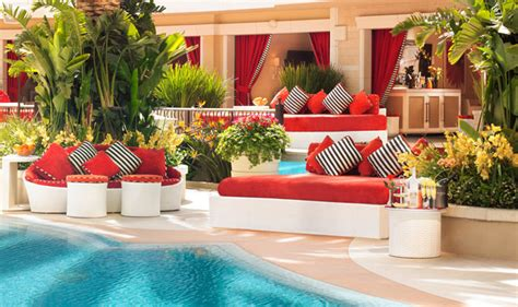 encore beach club couch vip bottle service cost at the coolest dayclubs in vegas
