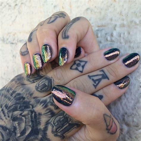 tattoo hand jewelry nail polish shiny multicolor nails hand jewelry