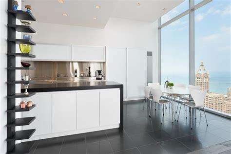 Luxury Home Buying Guide Hgtv Kitchen Designers Chicago