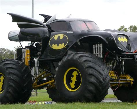 batman monster truck batmobile monster truck mod now that s what i call a truck