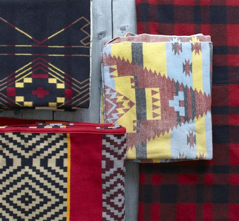 navajo home decor navajo rugs add a american touch to
