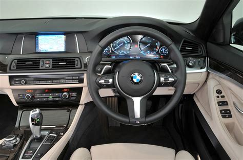 bmw 5 series dashboard bmw 5 series touring review 2016 autocar