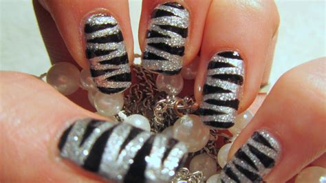 tutorial nail art silver glitter metallic and bling diy nail art for new year s