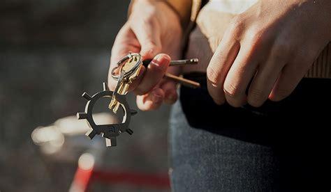 edc keychain tools 12 best keychain tools gearmoose