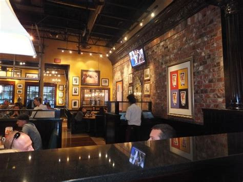 bj brew house interior of bjs picture of bj s restaurant brewhouse sacramento tripadvisor