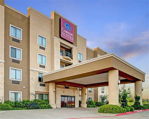 Comfort Suites Drive by Comfort Suites At 203 Outlet Drive Hillsboro Tx On Fave