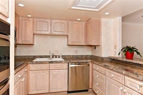 Kitchen Cabinets Honolulu by The Gallery For Gt White Washed Oak Cabinets