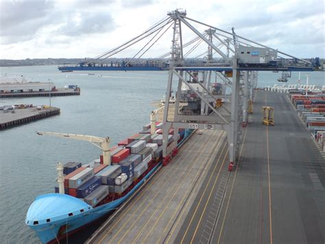 what is a port new collective agreement for ports auckland workers