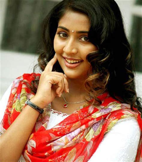 film seri navya navya nair malayalam actress