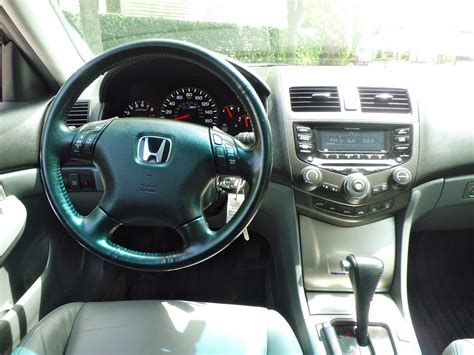 2005 Honda Accord Interior 2005 honda accord pictures cargurus
