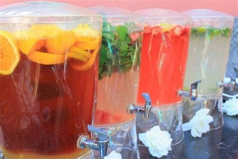 yummy mocktails for non boozy but very cool wedding