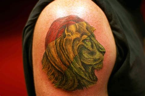 lion of judah tattoo design cool tattoos bonbaden