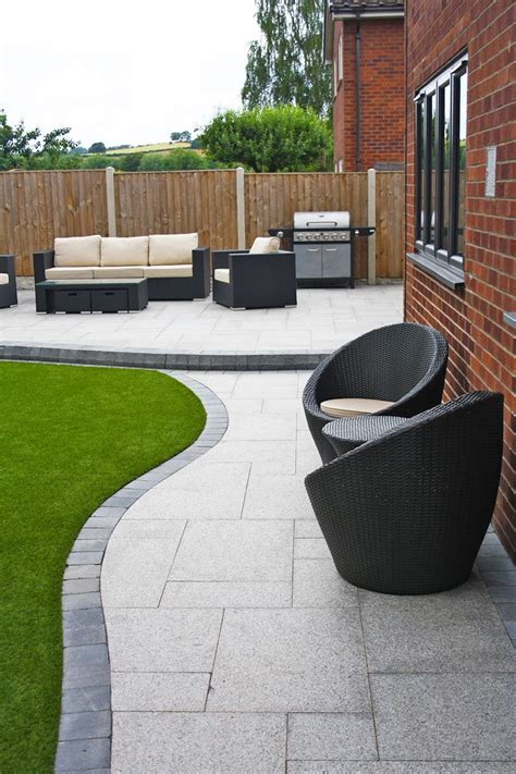 modern patio designs 25 great ideas about garden paving on