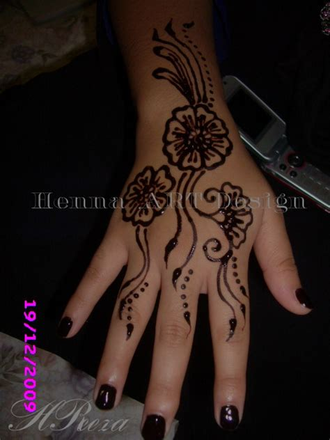 tato henna di tangan 22 model henna simple di kaki makedes