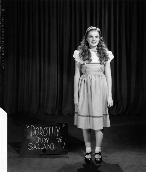 White Black Garlan Top judy garland the wizard of oz bolger bert lahr harry