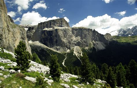 dolomite mountains italy picture dolomite mountains italy 6 favorite spots in the dolomites of italy